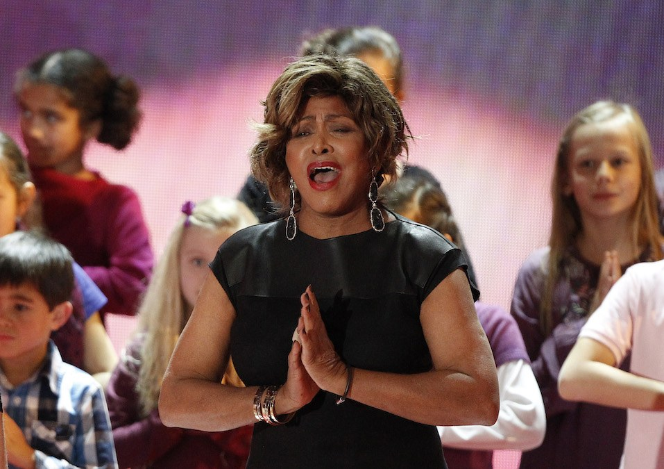 US singer Tina Turner performs during the charity gala