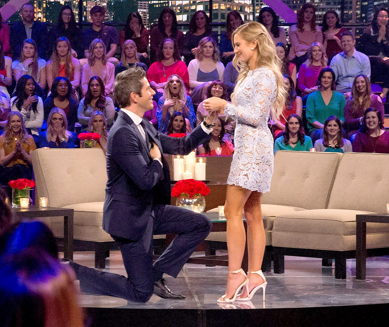 Arie proposes to Lauren on After the Final Rose