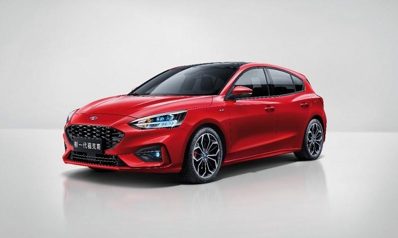 Red 5-door 2019 Focus, Asian version