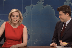 Why Some 'Saturday Night Live' Cast Members Use Cue Cards