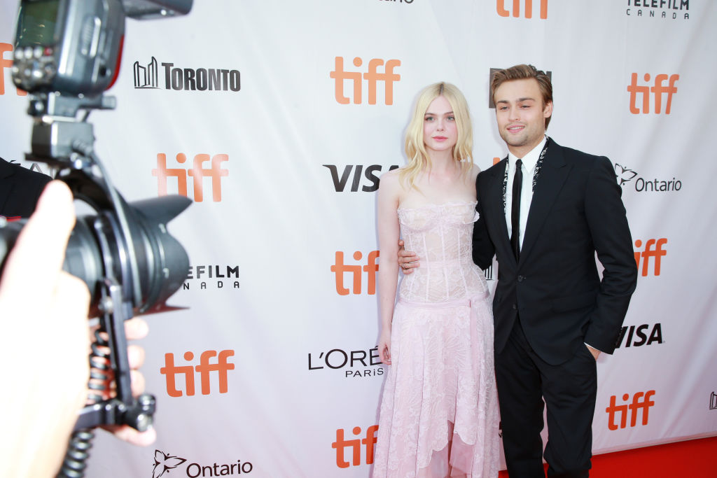 Elle Fanning and Douglas Booth attend the 'Mary Shelley' premiere Elle Fanning