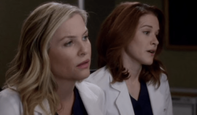 April and Arizona in 'Grey's Anatomy'.