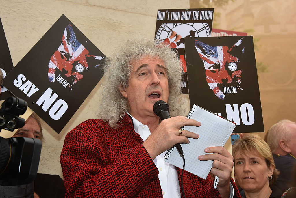 Brian May Leads Anti-Fox Hunting Rally