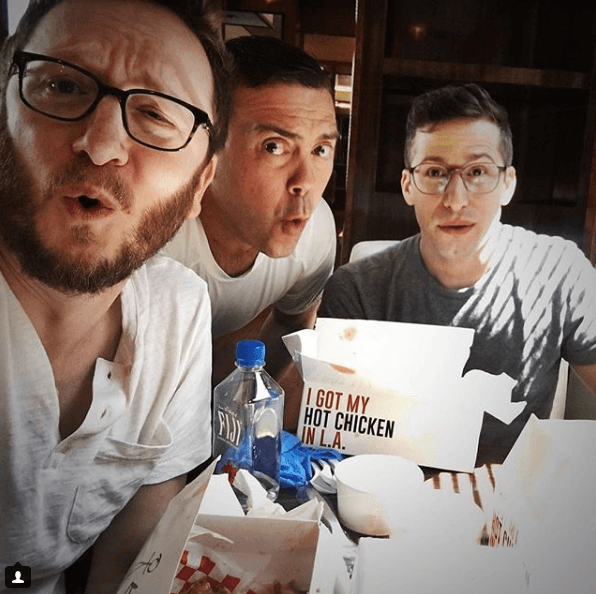 Brooklyn Nine-Nine cast eating chicken