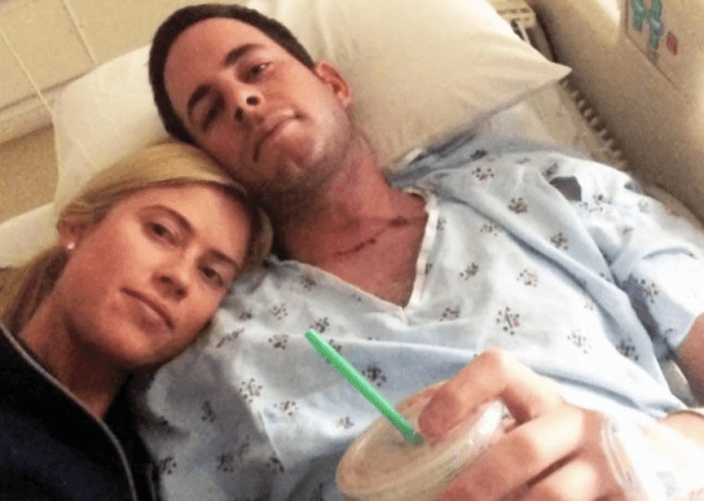 Christina and Tarek El Moussa in a selfie at the hospital.