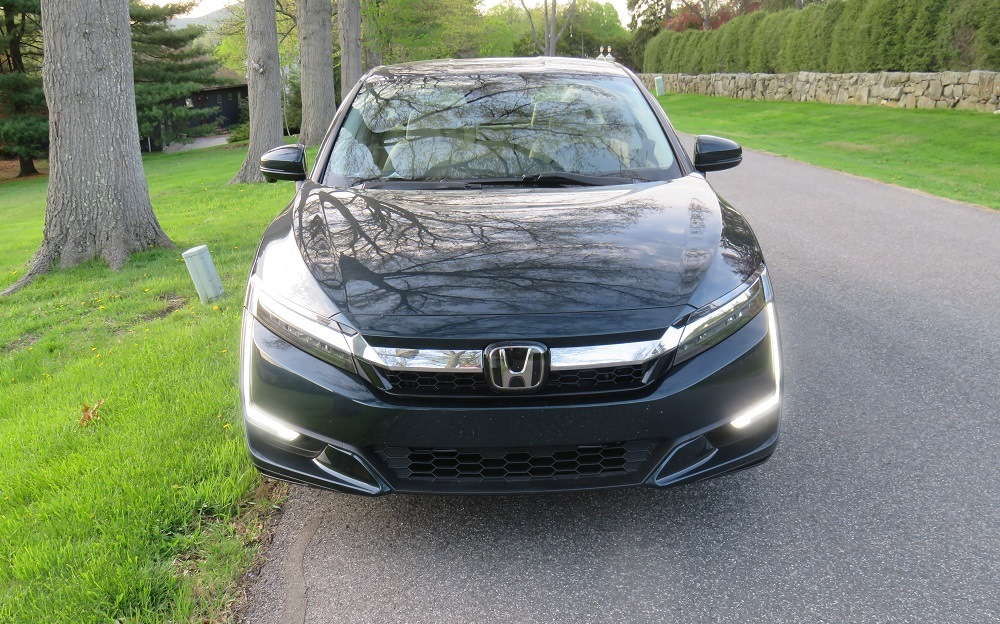 2018 Honda Clarity Plug In Hybrid What We Learned Driving The Breakthrough Green Car