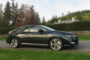 2018 Honda Clarity Plug-in Hybrid: What We Learned Driving the Breakthrough Green Car