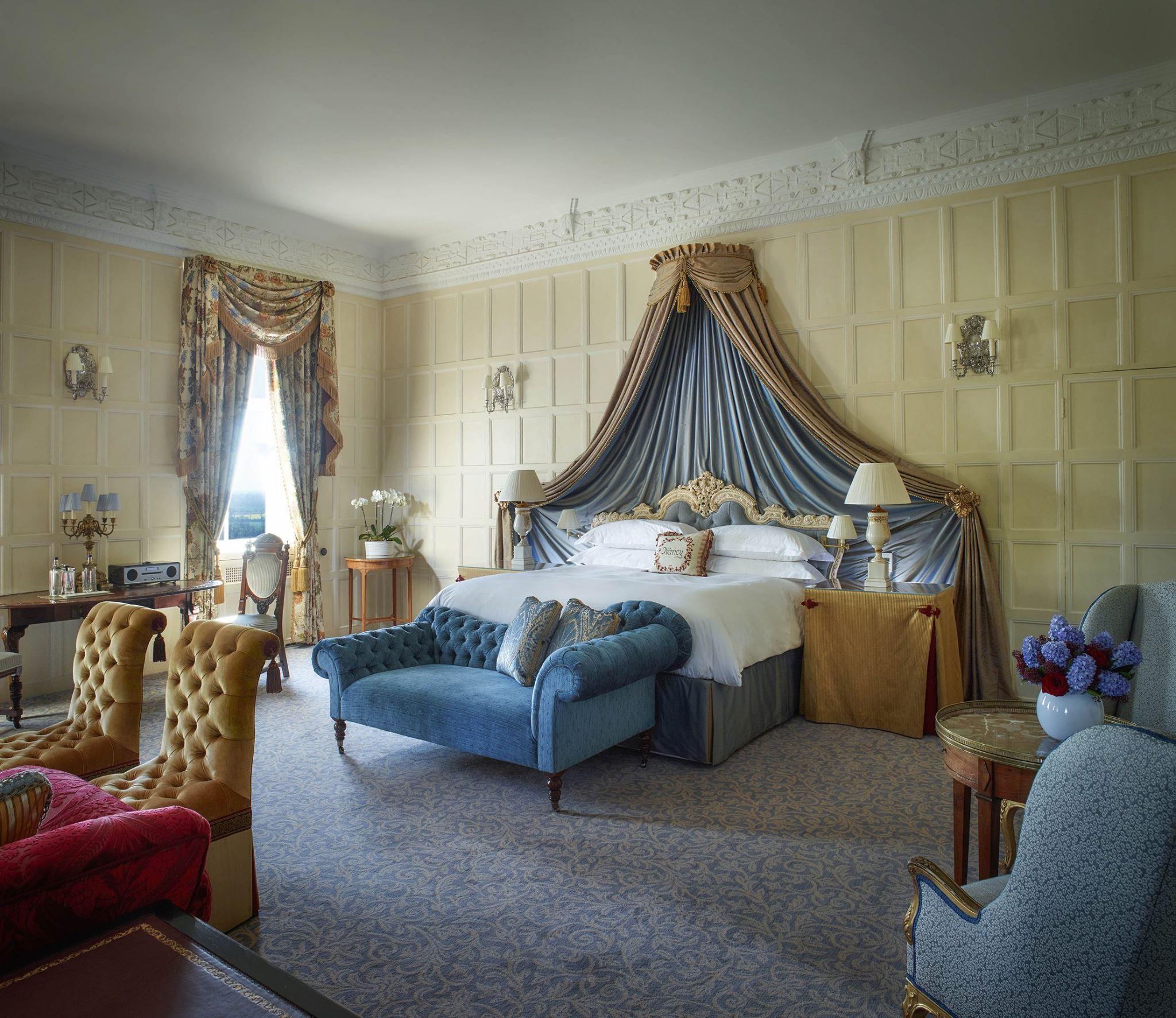 Cliveden house room