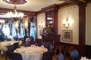 An Inside look at Disneyland's Club 33, 1 of the Most Exclusive Clubs in the World