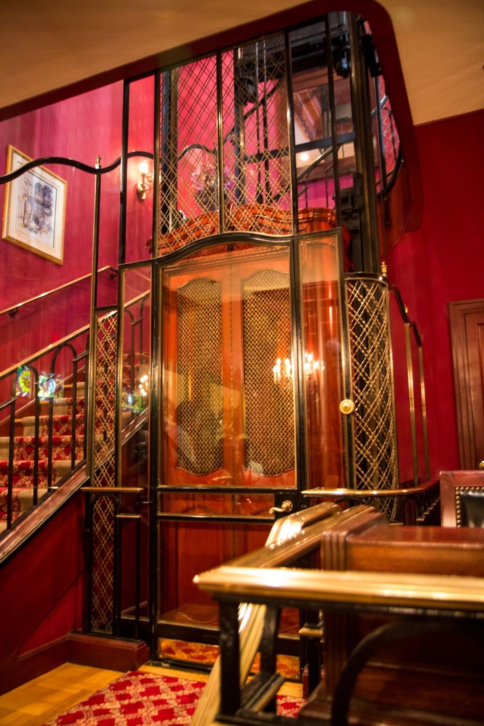 Club 33 elevator