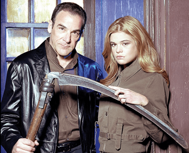 Mandy Patinkin and Ellen Muth in 'Dead Like Me'.