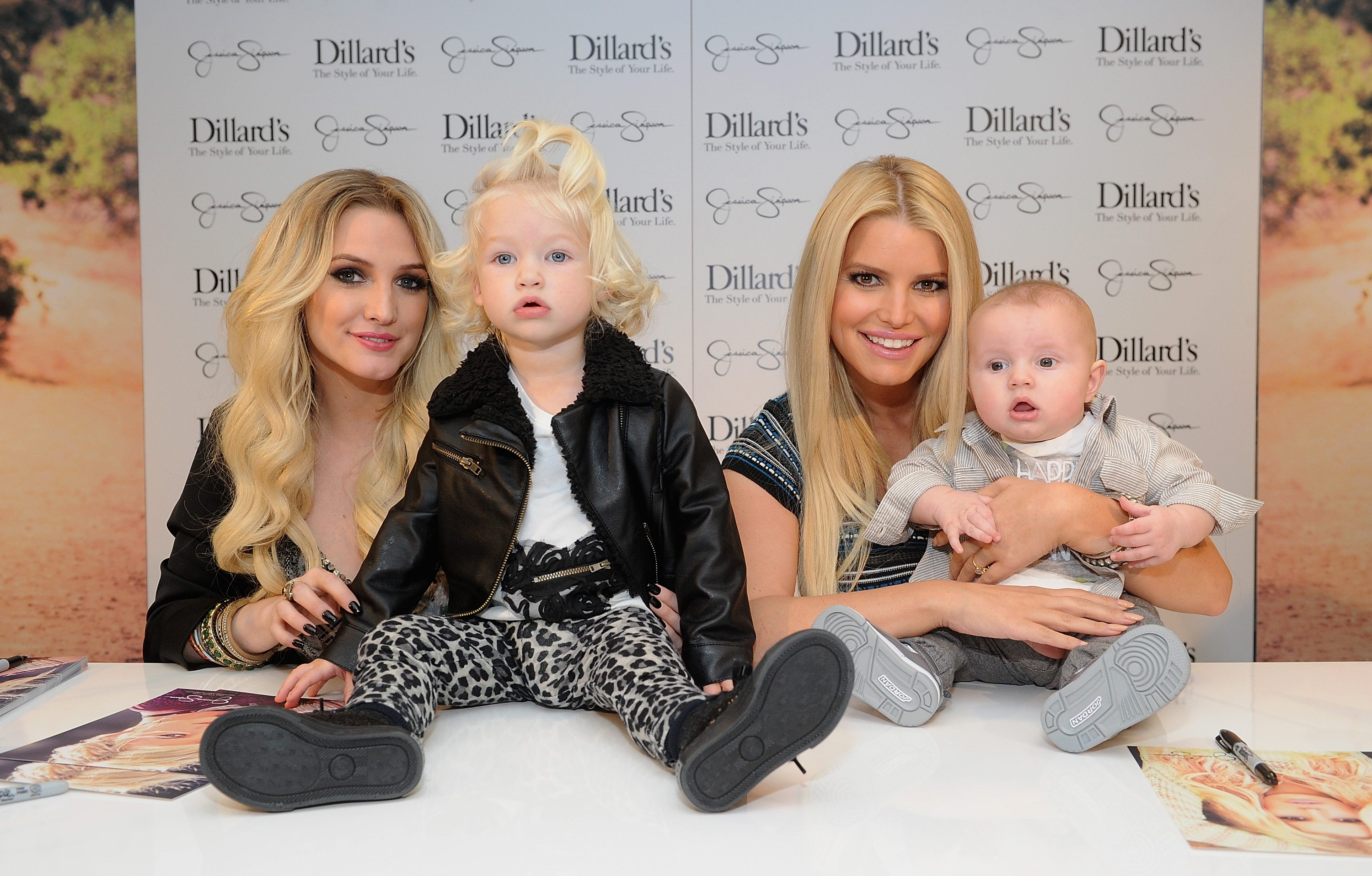 Let s All Stop Asking Jessica Simpson When She s Going to Have