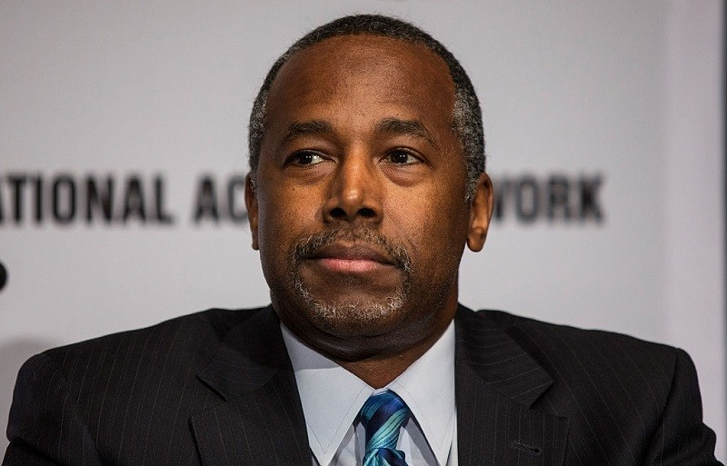 en Carson attends the National Action Network (NAN) national convention at the Sheraton New York Times Square Hotel on April 8, 2015 in New York City.