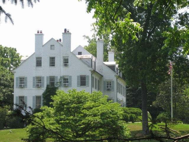 Kennedy Hickory Hill house