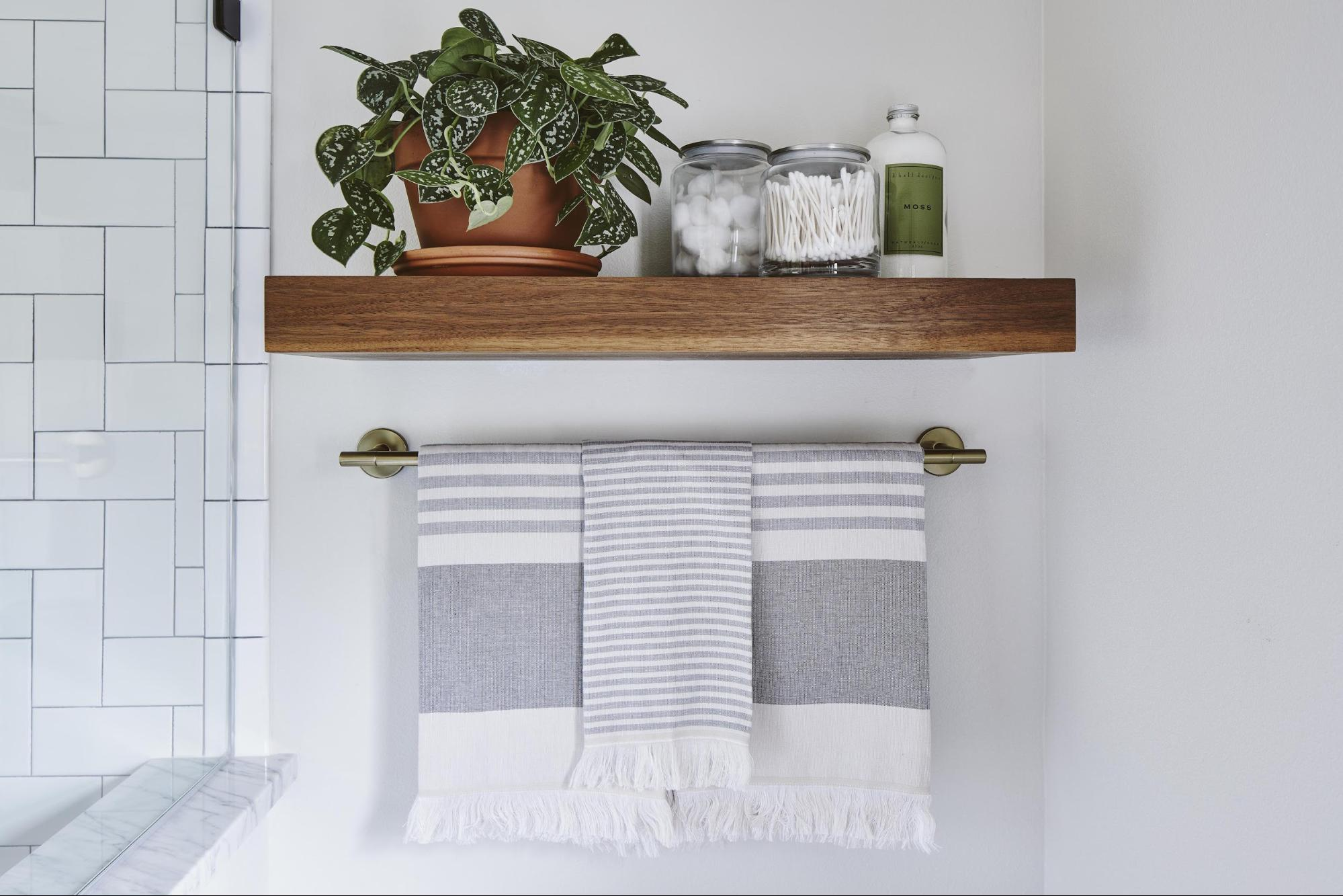 Joanna Gaines bathroom plants fixer upper