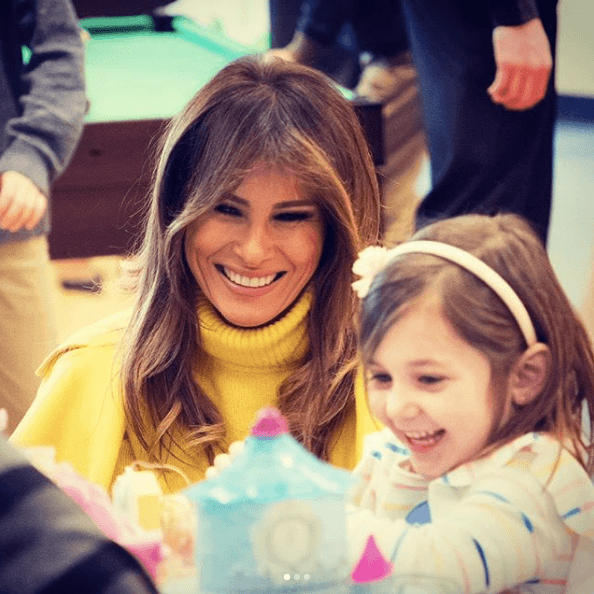 Melania Trump playing with children exposed to opioids