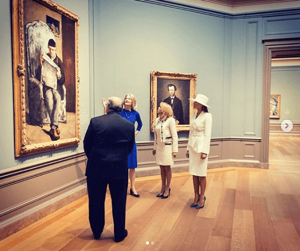 Melania Trump visiting an art gallery