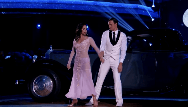 Ryan Lochte and Cheryl Burke performing their routine.