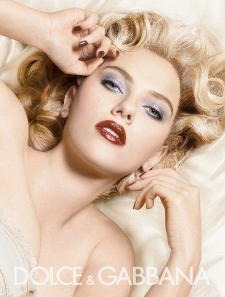 Scarlett Johansson Dolce Gabana