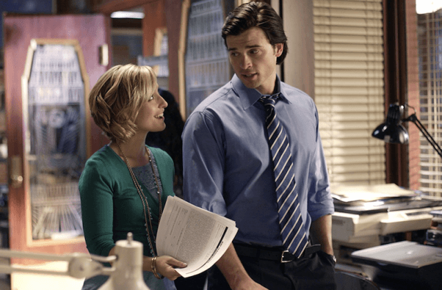 Allison Mack and Tom Welling in 'Smallville'.