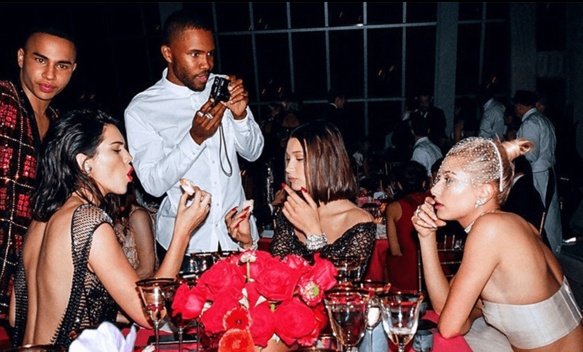 Table at the met gala