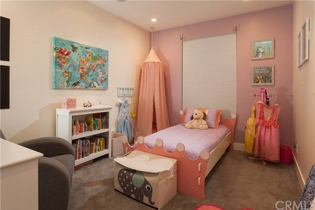 Tarek El Moussa home daughter's room