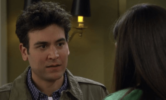 Ted Mosby looks concerned as he speaks to Robin.