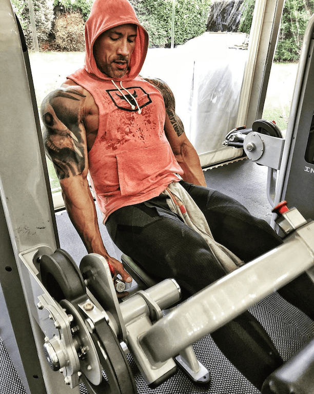 The Rock does superset weight training.