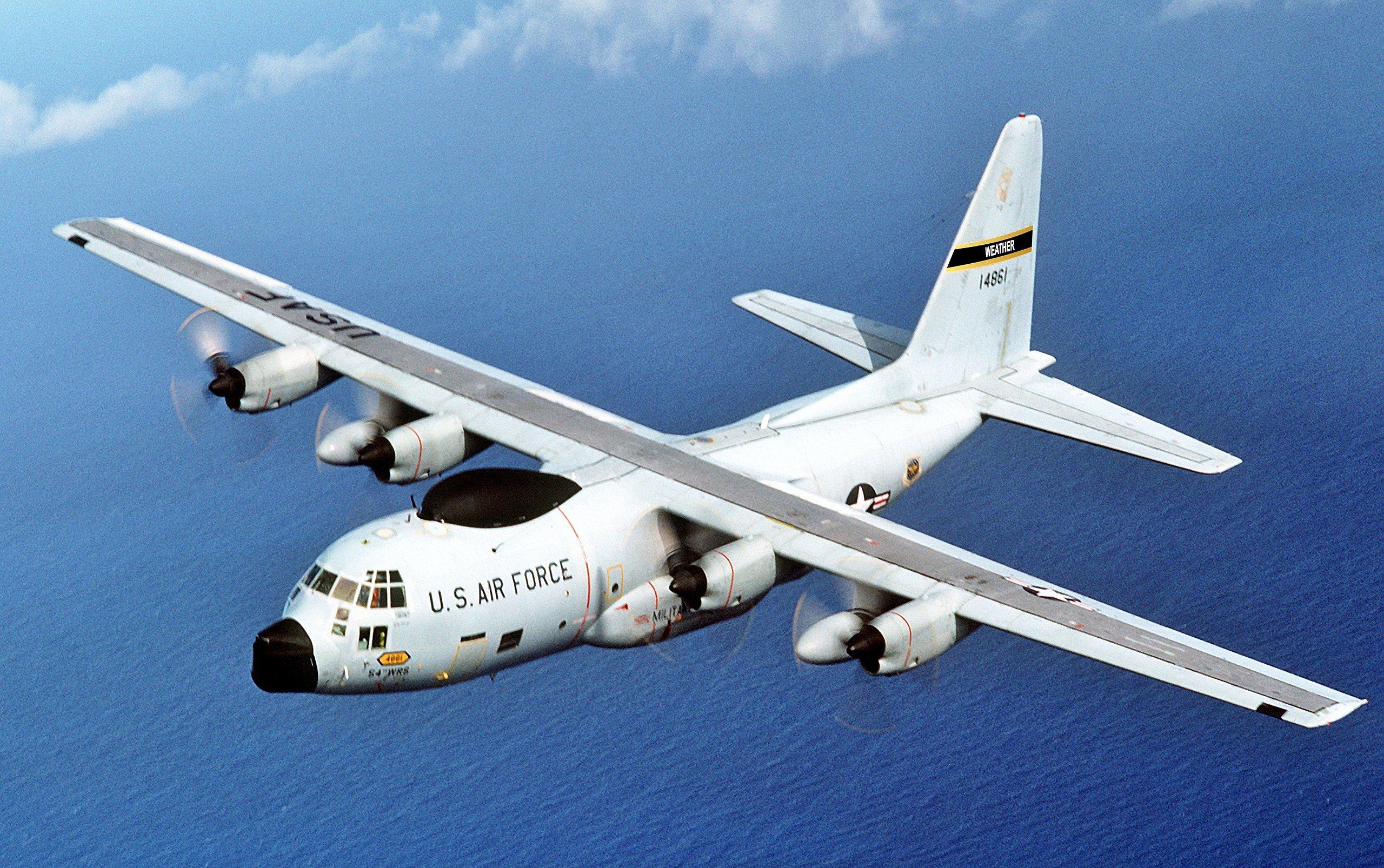 WC-130 cargo plane