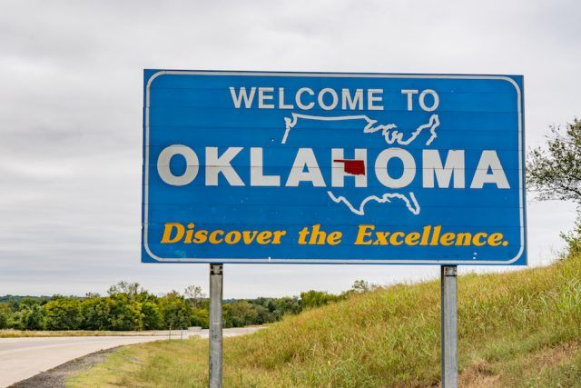 Welcome to Oklahoma Sign along highway