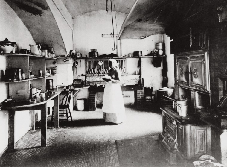 Cook in White House kitchen 1890