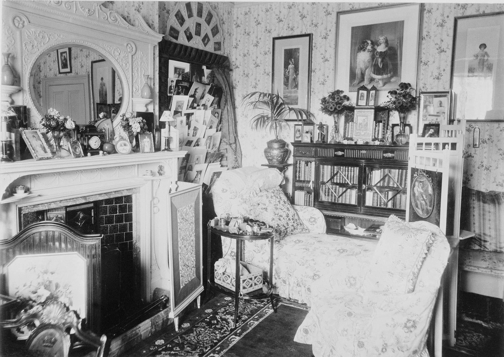 York Cottage interior