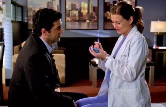 Derek and Meredith get married on a post-it on Grey's Anatomy