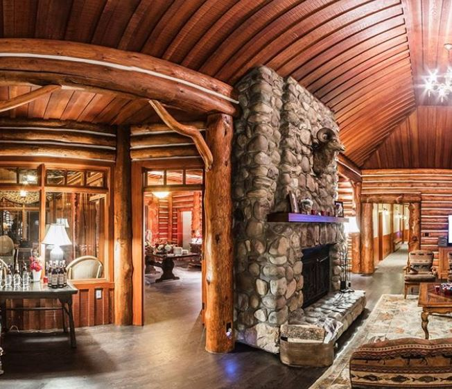 The Royal Retreat Outlook Cabin at Fairmont Jasper Park Lodge in Canada