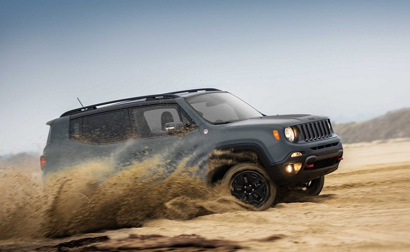 View of 2018 Jeep Renegade in the sand