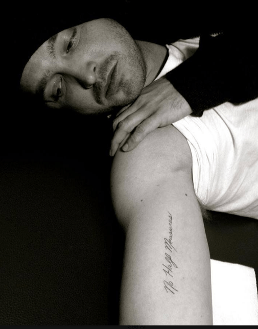 Aaron Paul getting a Breaking Bad tattoo