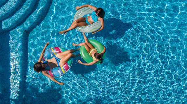 What no one tells you about the pool and how it can make you sick for Can you get lice from a swimming pool