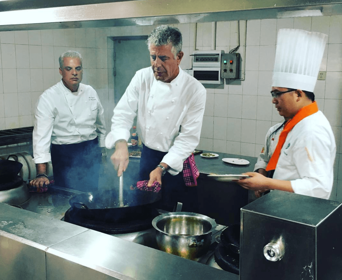 Anthony Bourdain cooking chef