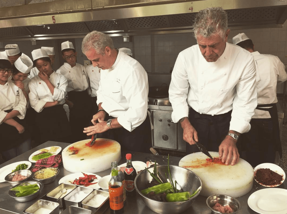 Anthony Bourdain demonstrating cooking