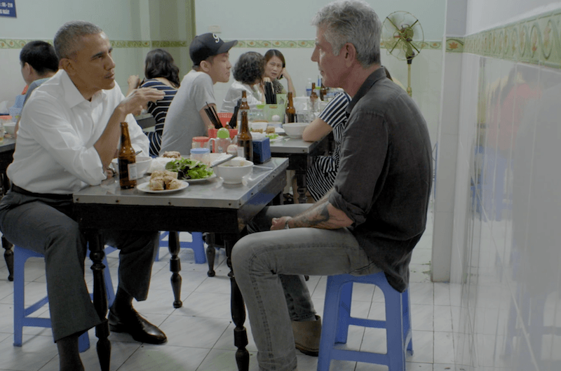 Barack Obama and Anthony Bourdain eating together
