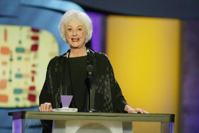 Bea Arthur accepts The Quintessential Non-Traditional Classic Family award for 'The Golden Girls'