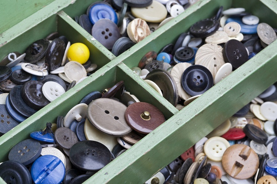 many old buttons