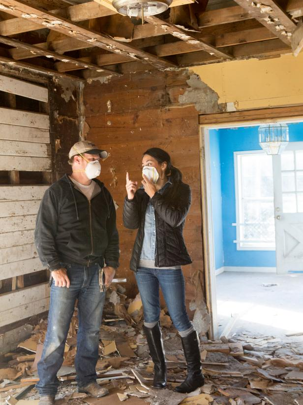 Demo day fixer upper chip and joanna gaines