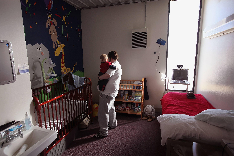 Incarcerated Women Allowed To Keep Newborns In Illinois Pilot Program