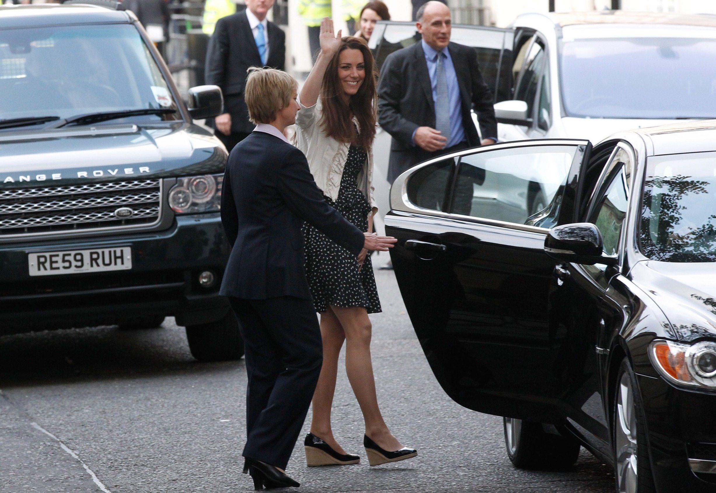 Kate Middleton wearing wedges