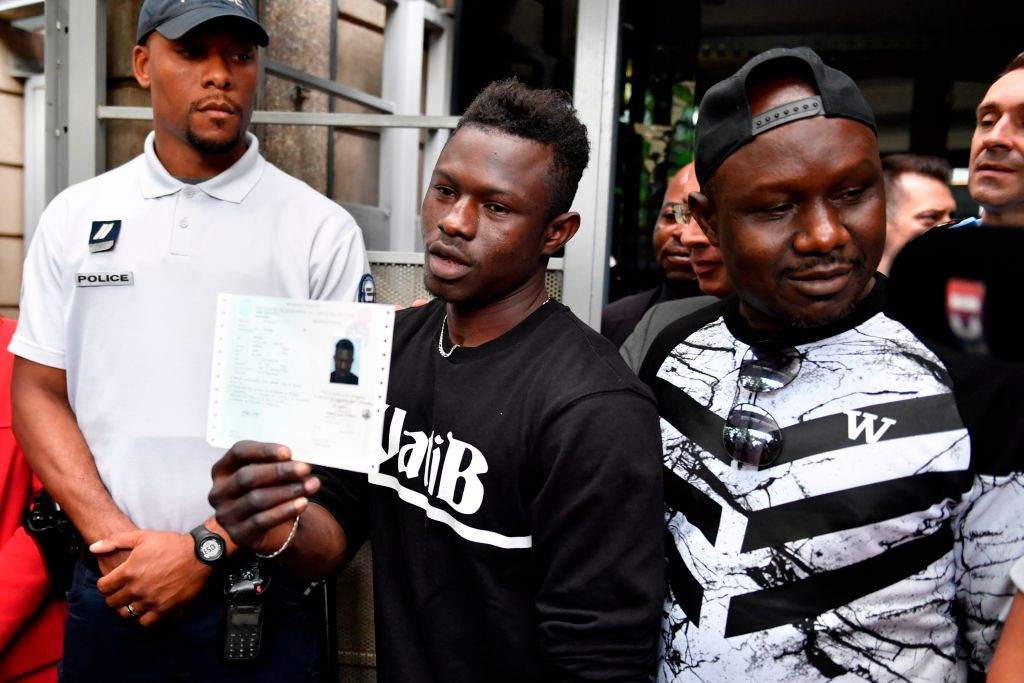Mamoudou Gassama receives his residency permit