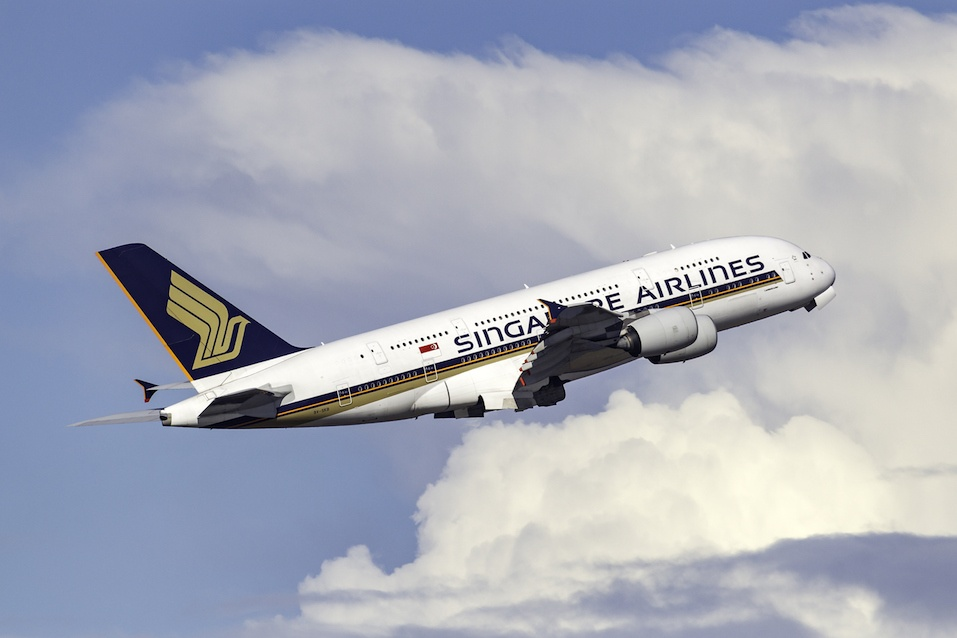 Singapore Airlines Airbus A380 9V-SKB
