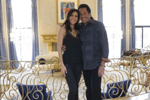 Wayne Newton's Cosmetic Surgery Shocked Fans on 'The Bachelorette'