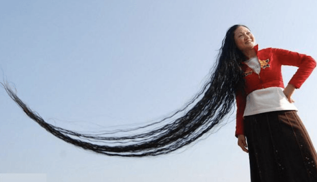 Xie Quiping and her long hair.