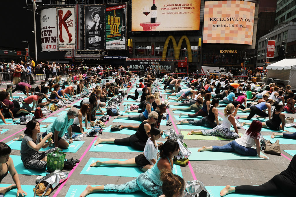 Yoga in times square nyc to celebrate the solstice